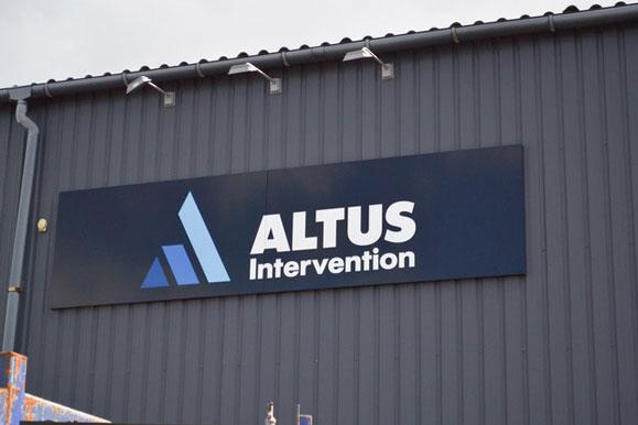 Altus-Intervention-facadeskilt-lindakongerslev